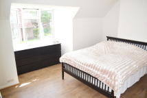 3 bed Terraced home in Hedgemans Road...