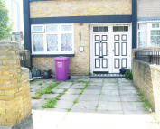 3 bed End of Terrace house to rent in Carmen Street...