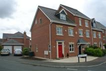 3 bed semi detached property in Osier Fields, East Leake...