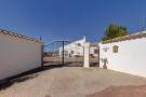 Villa for sale in La Romana, Alicante...