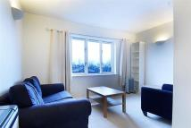 Flat to rent in Goodwin Close, Bermondsey
