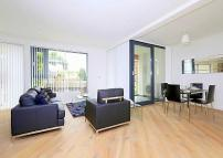 Flat to rent in Leathermarket Street...