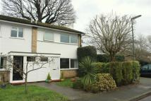 3 bedroom End of Terrace house to rent in Rivermead, Byfleet...