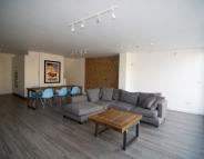 3 bedroom Apartment to rent in Ickburgh Road