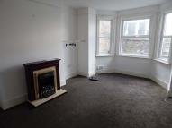 Flat to rent in Folkestone Road