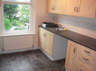 2 bed Maisonette to rent in Salisbury Road