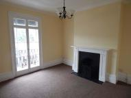 2 bedroom Flat in London Road
