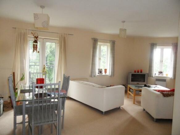 Open Plan Lounge Kitchen/Dining