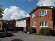 2 bed Flat to rent in Church Road...