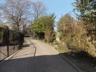 1 bedroom Studio apartment to rent in Hollybush Hill, Wanstead...