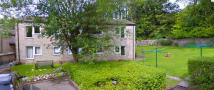 1 bed Ground Flat in Parkfield Court...