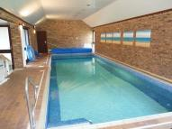 Detached Bungalow to rent in Tilford Road, Hindhead
