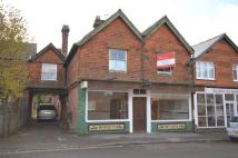 Flat to rent in Headley Road, Grayshott...