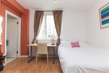 Studio flat in Sloane Avenue, London...