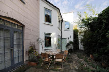 2 bed Terraced house to rent in Mayfair Mews, London, NW1