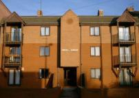 Flat to rent in Oriel Road, Bootle