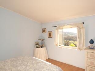 Bedroom in Apt