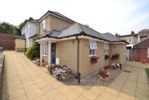 2 bedroom Semi-Detached Bungalow in Hillsleigh Mews...