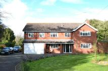 5 bed Detached house in Stone Lodge Lane...