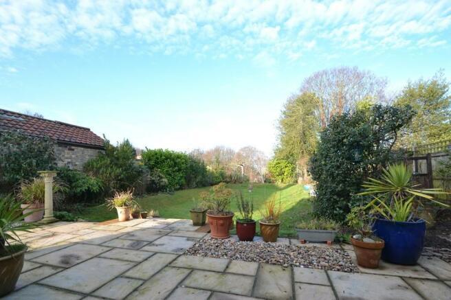4 bedroom detached house for sale in belstead road for Garden rooms ipswich