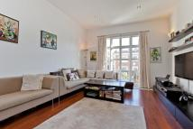 4 bedroom Apartment to rent in Salem Road London W2