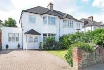4 bedroom semi detached house in Popes Lane, Ealing