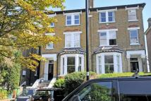 2 bed Flat in Churchfield Road...