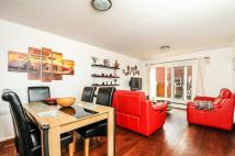 2 bed Apartment to rent in Disraeli Close London W4