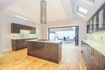4 bedroom house to rent in Somerset Road Chiswick W4