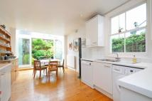 2 bed property in Hazledene Road Chiswick...