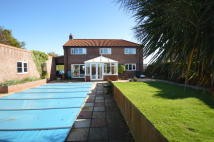 6 bedroom Detached home in Coast Road, Walcott