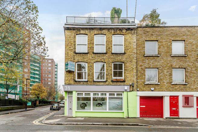 bedroom flat to rent in central street london ec1v ec1v