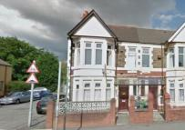 Flat to rent in North Road, Heath...