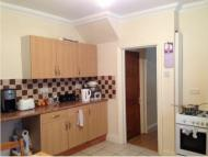 Holton Road Flat to rent