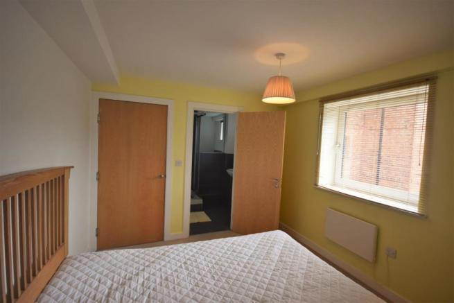 Bedroom 1 and En-Sui