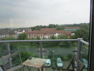 2 bedroom Apartment to rent in Medhurst Drive, Bromley...