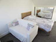 Studio apartment in Hill Close, Chislehurst...