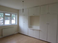 3 bed semi detached house in CHINBROOK ROAD, London...