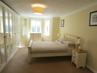2 bed Apartment to rent in COURT ROAD, London, SE9