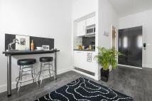 1 bed Studio flat in 15-27 Britannia Street...