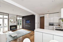 Flat in St Georges Square