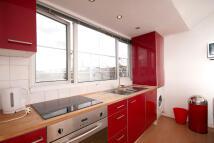 2 bedroom Flat in Belgrave Road