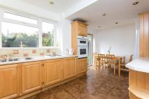 4 bedroom Detached property to rent in Kingston Upon Thames