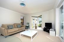 Apartment in Teddington