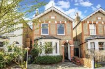 3 bed Detached property to rent in Kingston Upon Thames