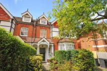 Flat to rent in Surbiton
