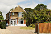 4 bed Detached property for sale in Gosport Road, Stubbington