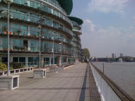 1 bed Apartment in Cinnabar Wharf Central...