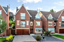 5 bedroom Detached house in St Georges Close...