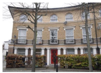 2 bed Flat in Mothers Square, Hackney
